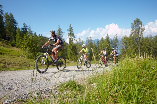 Mit dem Mountainbike unterwegs (c) Joachim Stretz - Alpenregion Bludenz Tourismus GmbH